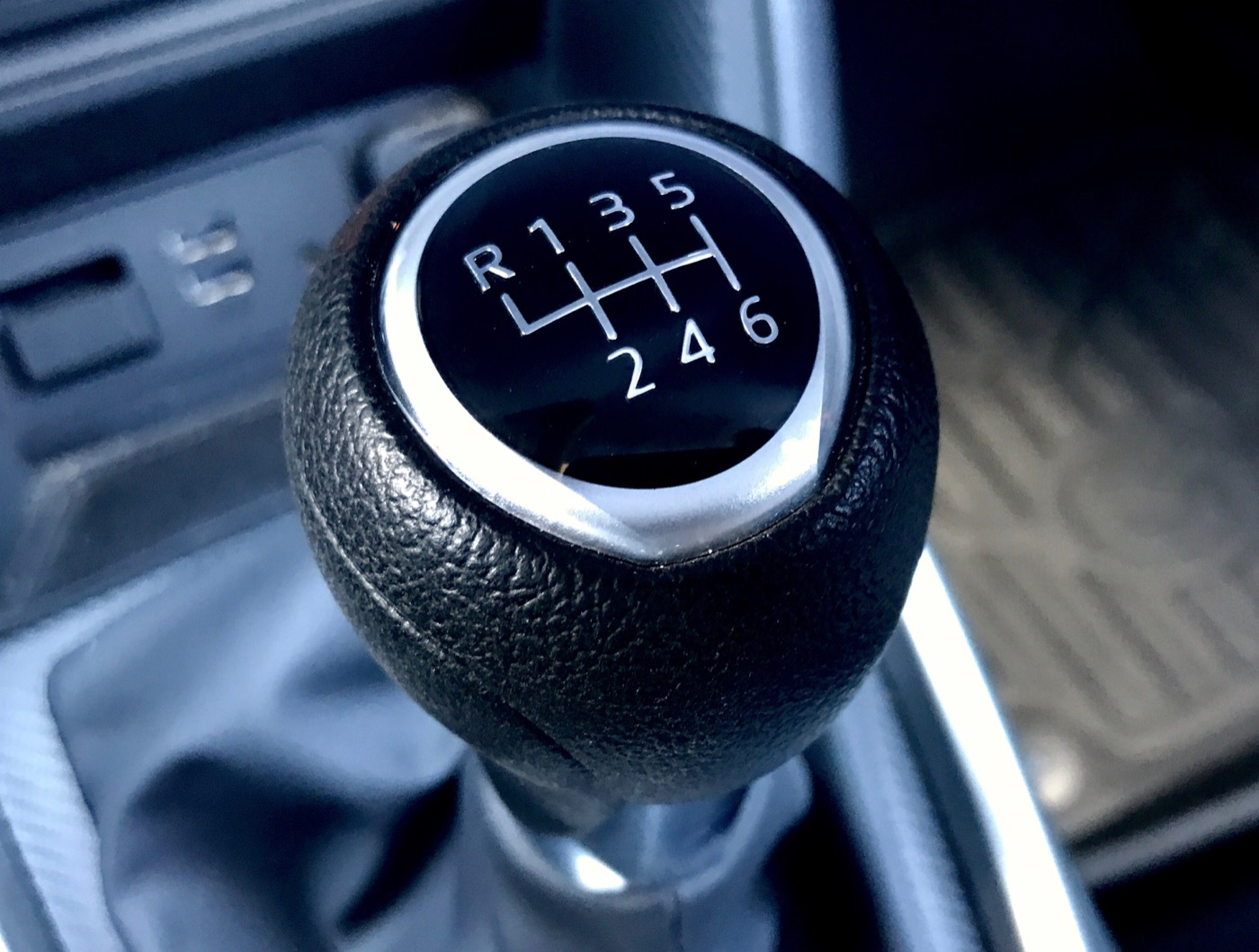 mazda 3 manual shift mode