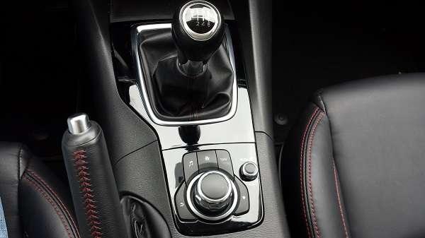 mazda 3 manual shift mode